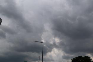 [6일 날씨] 전국에 구름 많아…일부지역 '소나기'