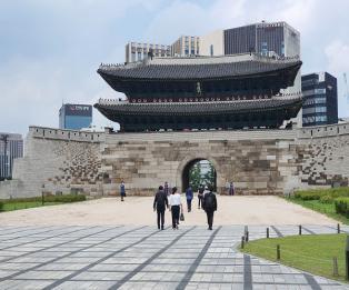 [포토] 숭례문 후문, 13년만에 '활짝열려'